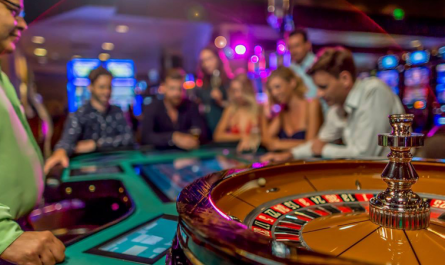 Gambling And Love - How They're The Same